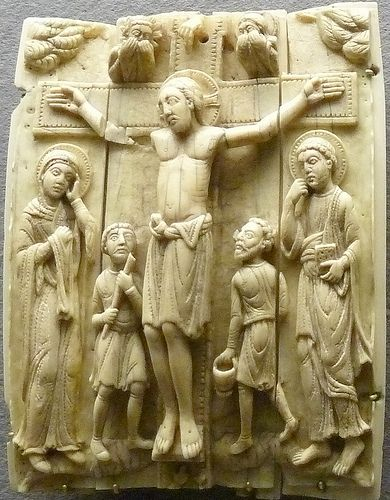 Crucifixion ivory Schuntgen Museum,Cologne,Germany
