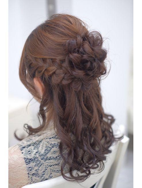 ふわふわお団子のハーフアップ L004906612 リサ 恵比寿 Risa のヘア