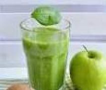 Kiwi-Banane-Apfel-Orangen-Smoothie