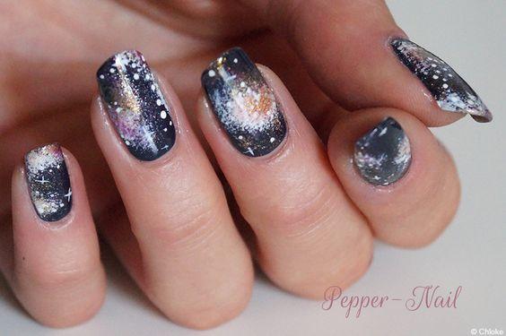 Nailstorming N°74 - Planète, Galaxie et autres trous noirs