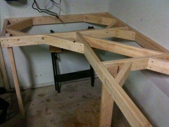 Cheap and easy garage workbench garage workbench desk for Cheap garage plans