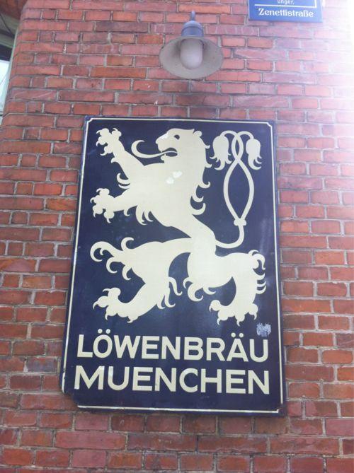 Time for a beer at #Löwenbräu Munich