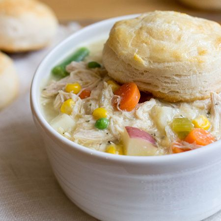 A healthier and easier version of a classic dish: crock pot chicken pot pie #recipe