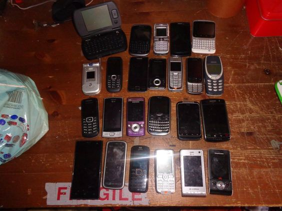 NOKIA SAMSUNG BLACKBERRY ETC JOB LOT OF MOBILE PHONES SPARES OR REPAIRS 3 https://t.co/ATgPWOrxTg https://t.co/6pVMl2Dcsy