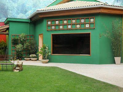 Casas pintadas de verde pesquisa google fachadas for Colores para pintar una casa pequena por fuera