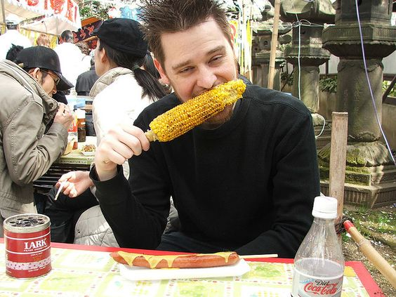 Grilled corn with soy sauce and a giant hot dog/sausage with spicy Japanese mustard. Yum.