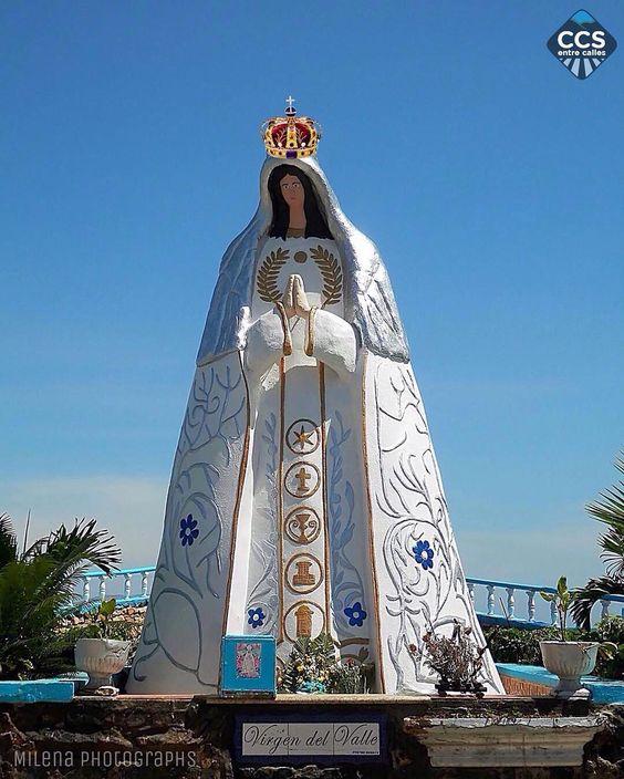 Te presentamos la selección especial: <<DÍA DE LA VIRGEN DE VALLE: 105 AÑOS>> en Caracas Entre Calles. ============================  F E L I C I D A D E S  >> @milenaphotographs << Visita su galería ============================ SELECCIÓN @ginamoca TAG #CCS_EntreCalles ================ Team: @ginamoca @huguito @luisrhostos @mahenriquezm @teresitacc @marianaj19 @floriannabd ================ #virgendelvalle #vallita #Caracas #Increibleccs #Instavenezuela #Gf_Venezuela #GaleriaVzla…