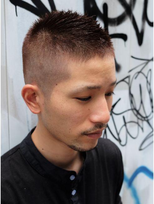 ガズル ハラジュク Guzzle Harajuku アッシュスキンフェードスタイル ビジネスマン ヘアスタイル 美髪 ボウズ