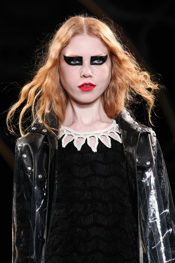Saint Laurent - Fall 2015 Ready-to-Wear - Look 70 of 109