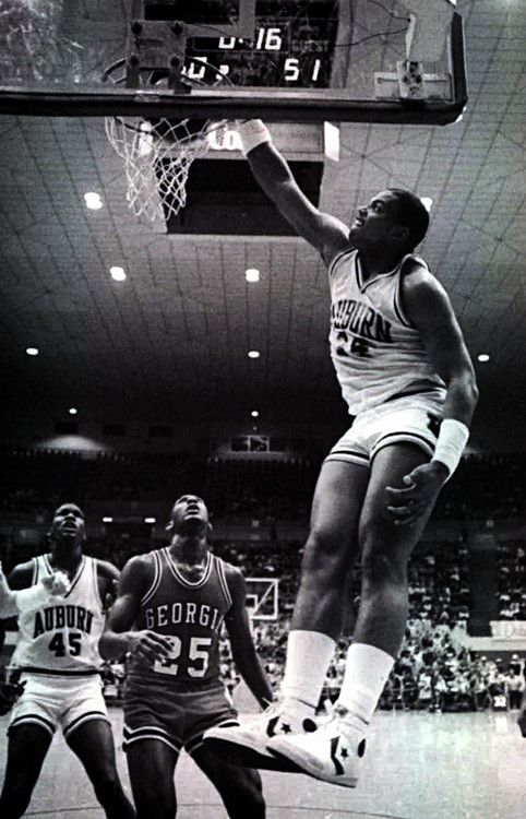 Charles Barkley at Auburn | INSPIRATION Basketball ...