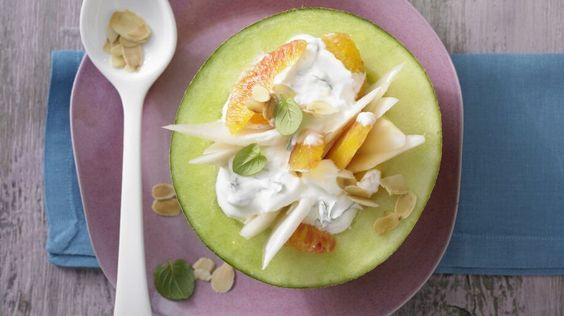 Glutenfrei leben: Nachtisch Rezepte für eine gesunde und ausgewogene Diät - Gefüllte Melone mit Fruchtjoghurt