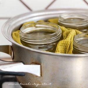 Sterilizzare i Vasetti di vetro per le Conserve e Istruzioni per l'uso