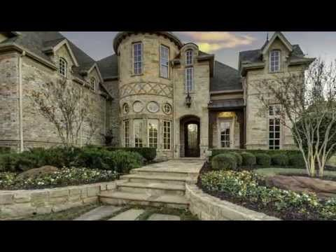 851 Silverton Street: Situated ideally in Southlake's Estes Park, next to one of the community's nine parks, this stunning custom home lacks nothing.