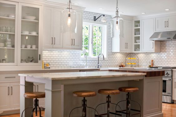 Kitchen With Shaker Cabinets Pairing With Nickel Pulls