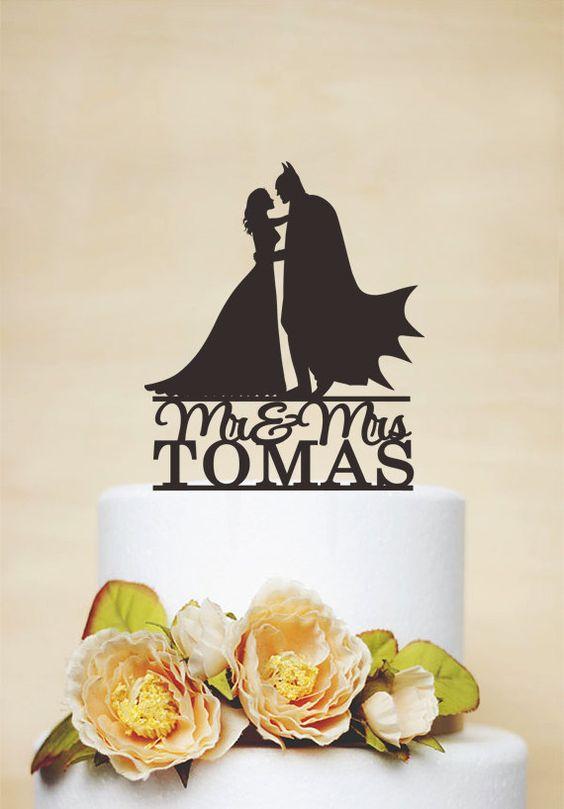 Bride and Groom Cake Topper Batman par AcrylicDesignForYou sur Etsy
