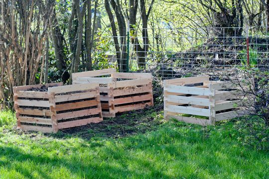 compost how to build and pallets on pinterest
