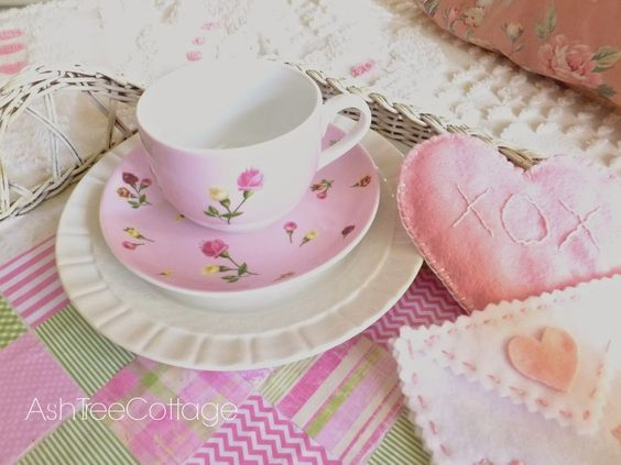 Ash Tree Cottage: Valentine Breakfast Tray