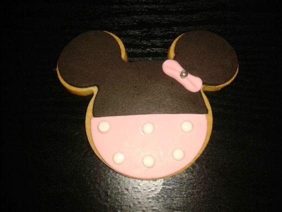 Galleta de Minnie Mouse en fondant