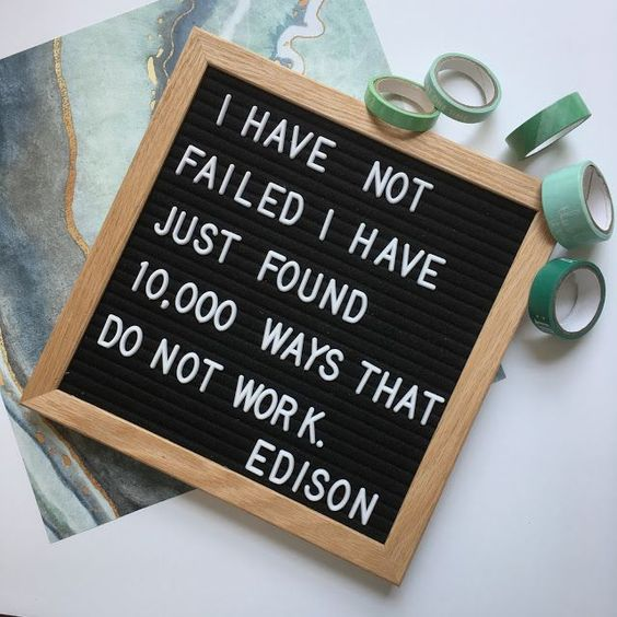 Felt Boards: Looking for quotations you can put up on your newly-purchased letter board? And more ways to use it in your classroom? Check out this fun post featuring fifteen photo examples and seven different fun ways to use your new felt letter board.