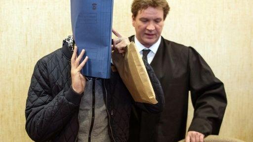 Angeklagter im ersten Gerichtsverfahren zu den Silvester-Vorfällen