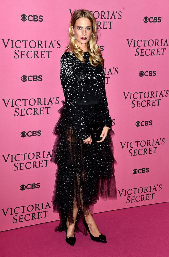 See All the Victoria's Secret Fashion Show Sexiness!: The 2014 Victoria's Secret Fashion Show went down at the Earls Court Exhibition Centre in London on Tuesday night.