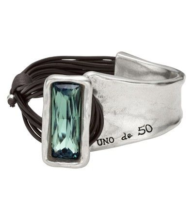 Uno de 50 new crystal line