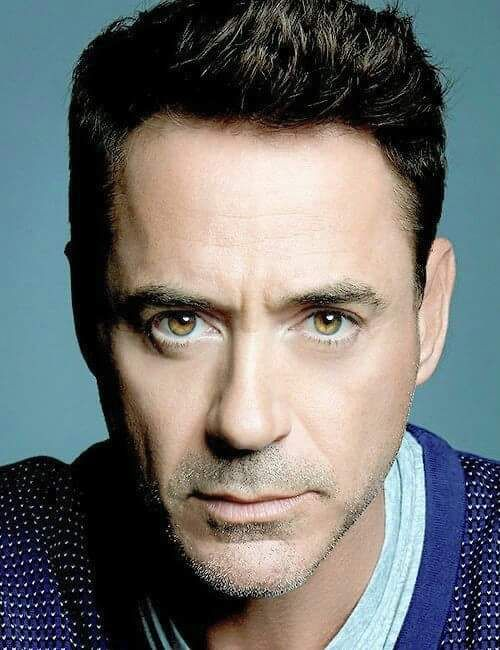 Robert Downey Jr damn he has some gorgeous eyes!!