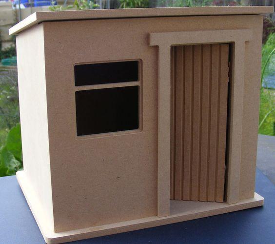 1:12 Scale Small Flat Pack Wooden Garden Shed Dolls House Miniature Kit in Spielzeug, Puppenstuben & -häuser, Garten   eBay
