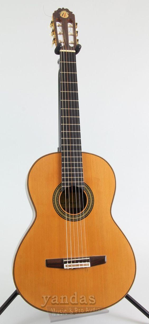 Used Amalio Burguet El Mediterraneo Nylon String Guitar