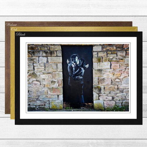 BANKSY PAINT ART PHONE LOVERS PHOTO//PICTURE PRINT ON FRAMED CANVAS WALL ART
