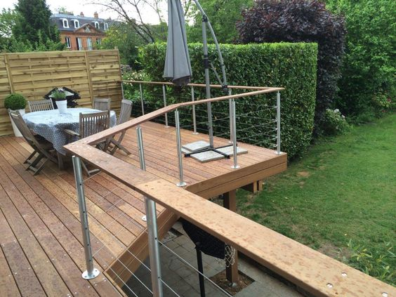 terrasse suspendue en bois exterieur pinterest. Black Bedroom Furniture Sets. Home Design Ideas