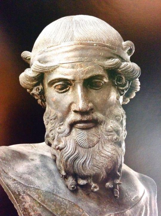 Villa dei Papiri, Ercolano - Roman Period The statues that populated the villa: Dionisio or Platone: