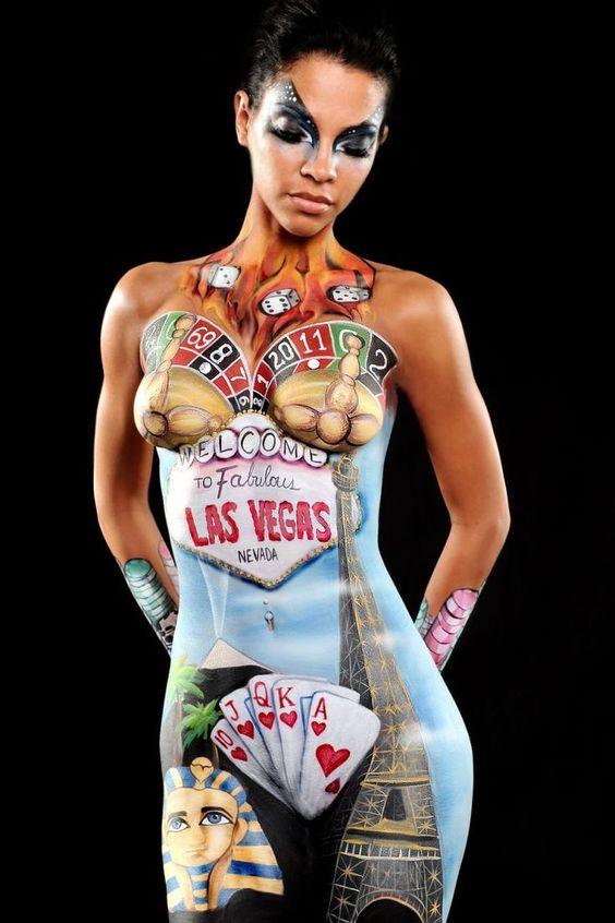 #bodyart Es la técnica de pintar encima de un cuerpo humano con acuarelas o cualquier otra pintura.