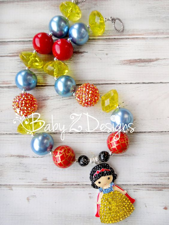 Snow White Inspired Chunky Necklace by babyzdesigns