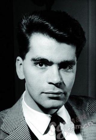 1959 - Karl Lagerfeld at Jean Patou