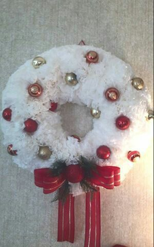 Christmas coffee, Coffee filter wreath and Coffee filters on Pinterest