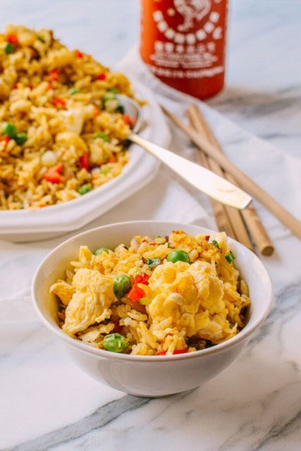 8 Reasons You Should Be Cooking With Turmeric #refinery29  http://www.refinery29.com/2016/06/112721/turmeric-recipes#slide-3  Egg Fried RiceWhere do you think this fried rice gets its golden hue from? Hint: turmeric. ...