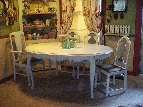 French Dining Rooms Dining Room Tables And Dining Rooms On Pinterest