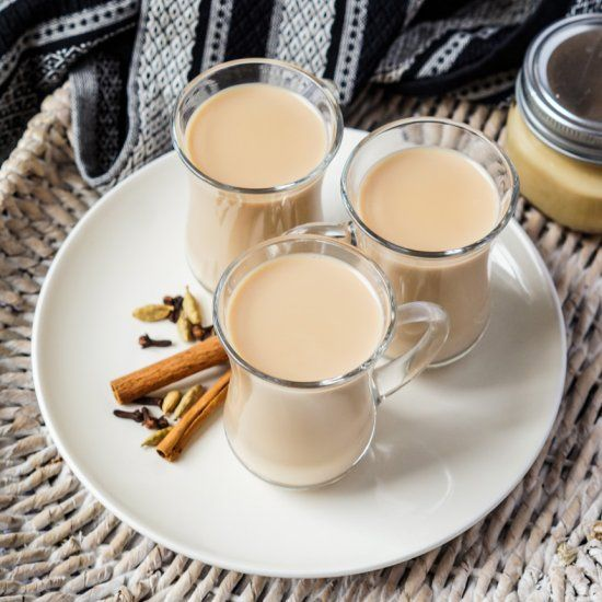Shai Adeni A Yemeni Tea With Sweetened Condensed Milk Cardamom Cinnamon And Cloves Food Cozy Drinks Hot Smoothie