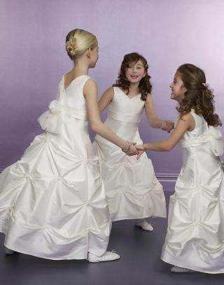 Robe mariage enfant col en V Ligne A ruché