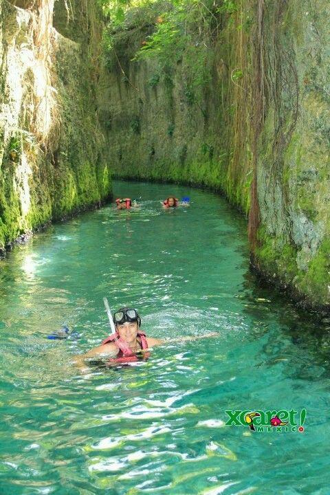 Xcaret se encuentra a 5 km al sur de Playa del Carmen y a 75 km al sur de Cancún, en el estado de Quintana Roo, México.  Se pueden realizar diversas actividades acuáticas en sus cenotes, ríos subterráneos, laguna y playa.