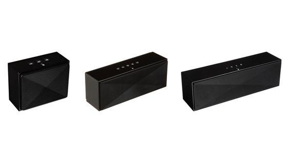 Amazonbasics tiene una línea de altavoces portátiles muy interesantes. Nos vamos a encontrar con tres modelos, el mini, el mediano y el grande. Todos tienen conexión bluetooth, y lo único que va a ...
