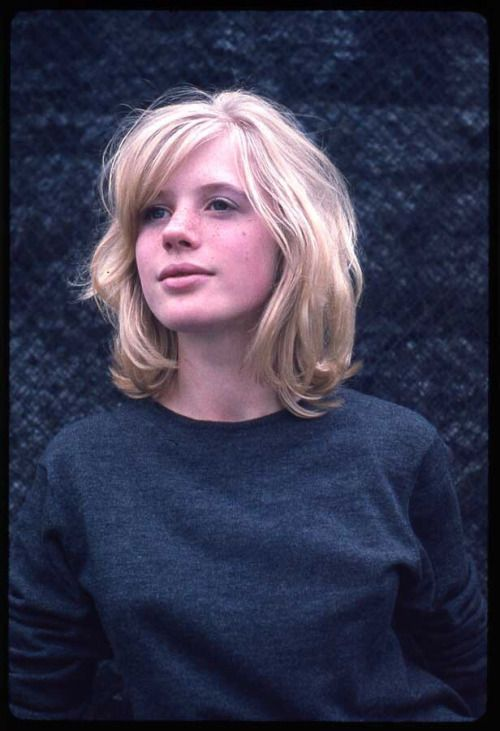 Marianne Faithfull. Very young