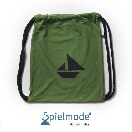 Grüner Rucksack mit schwarzem Tangram-Boot-Motiv – Turnbeutel
