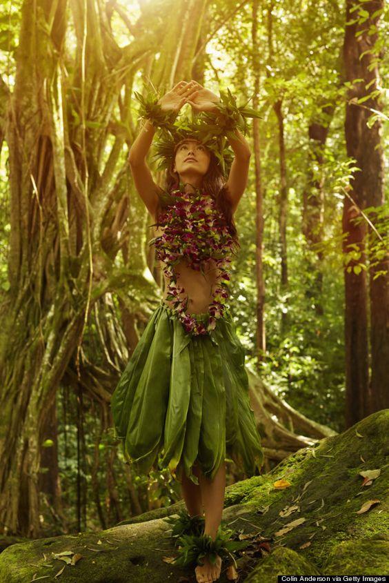 自然の中でハワイのおしゃれフラ