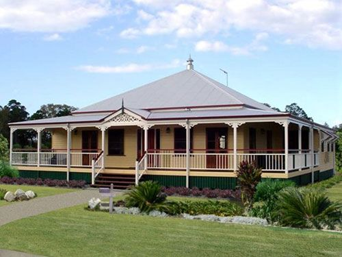Queenslander home with verandah all the way round on for Floor plans queenslander style homes