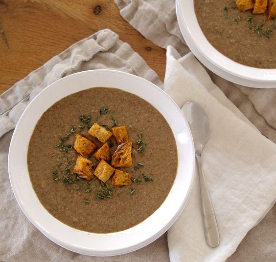 Mushroom-Thyme Soup with Whole Wheat Croutons = Perfect Weeknight Dinner #lightdinner, #mushroom soup #weeknightdinner #healthydinner #fromtheathleteskitchen