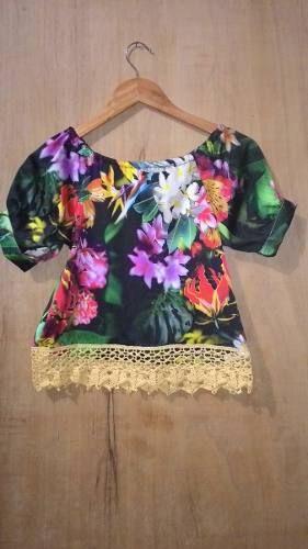 blusa ciganinha plus size tecido acetinado tropical e renda