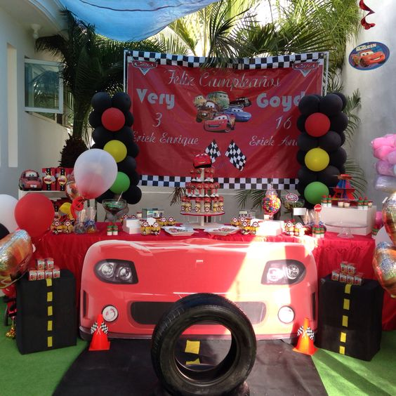 Cars party balloon decorations dessert table balloons for Balloon decoration cars theme