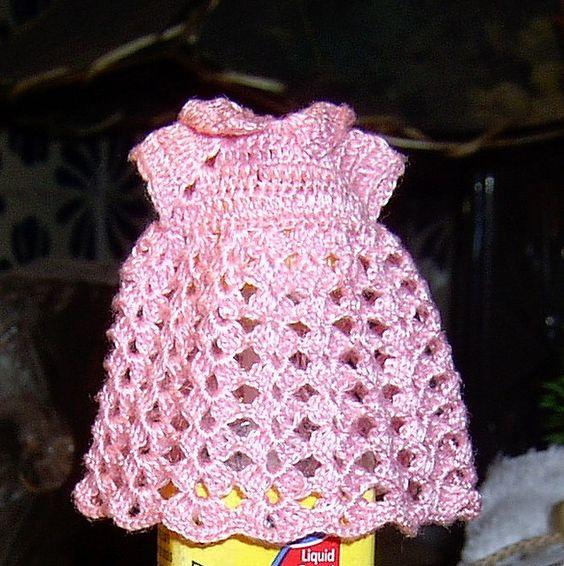 Vestido para niña con hilo de bordar by rosamargaritaminis